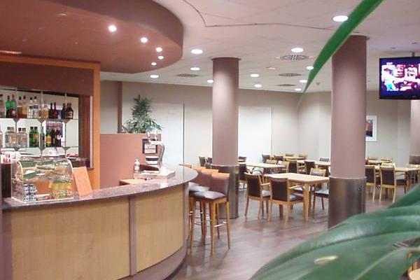фотографии Express by Holiday Inn Valencia San Luis изображение №16