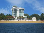 The Quilon Beach Hotel and Convention Center, 5*