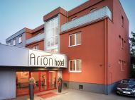 Arion Airport Hotel, 3*