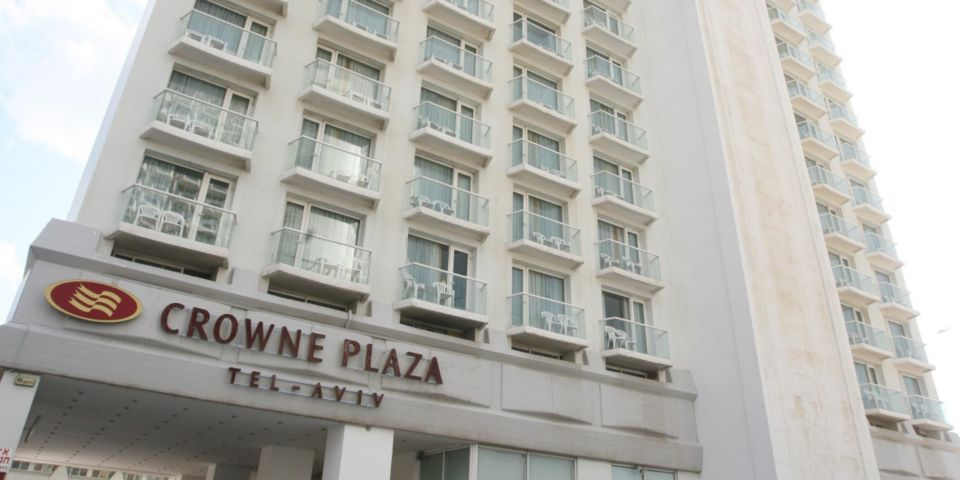 Отель Crowne Plaza Tel Aviv Beach, 4*, Тель-Авив