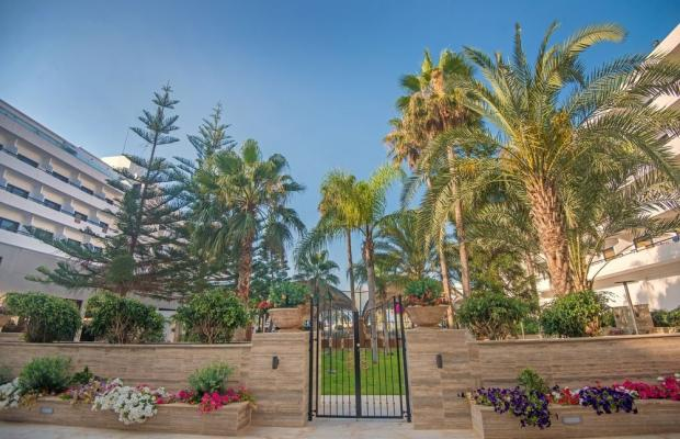 фотографии отеля Adams Beach изображение №79