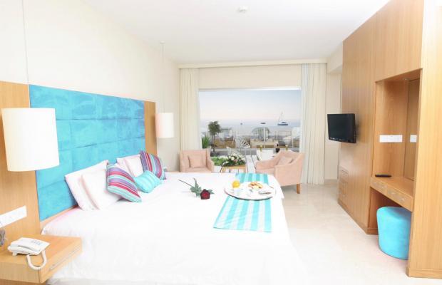 фото King Evelthon Beach Hotel & Resort изображение №142
