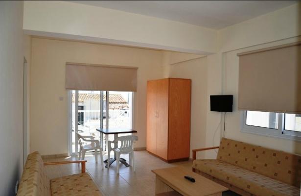 фото Napa Strip Apartments изображение №14