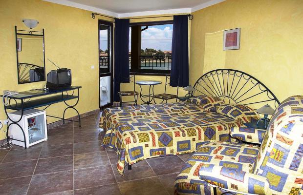 фото отеля Parnasse (Парнас) изображение №13