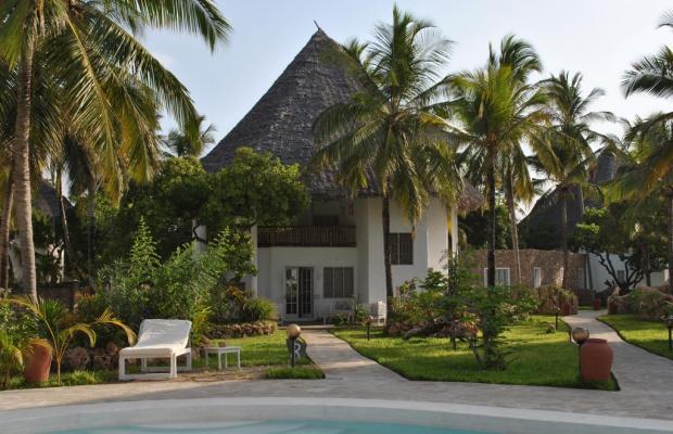 фото отеля Kola Beach Resort изображение №21