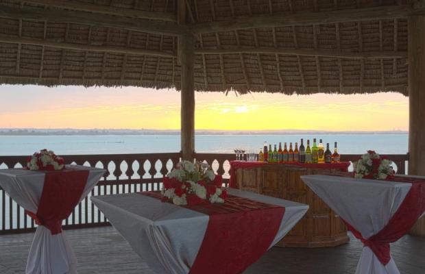 фото DoubleTree by Hilton Dar es Salaam Oysterbay изображение №2