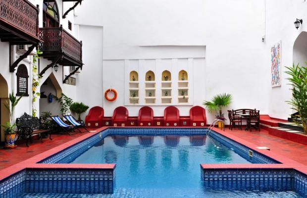 фото отеля Dhow Palace Hotel  изображение №1