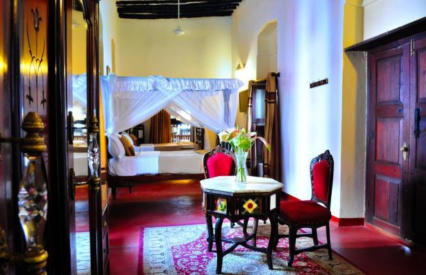 фото Dhow Palace Hotel  изображение №18