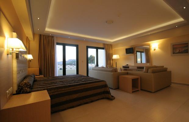 фото Ai Yannis Suites and Apartments Hotel изображение №2
