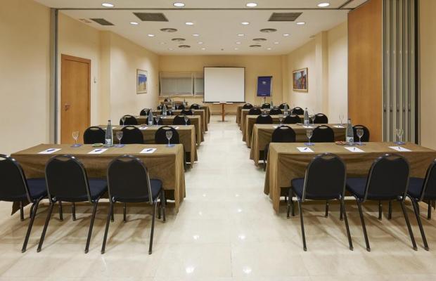 фото отеля NH Barcelona La Maquinista изображение №17