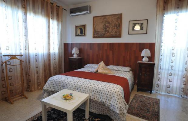 фото отеля Bed and Breakfast Diana изображение №17