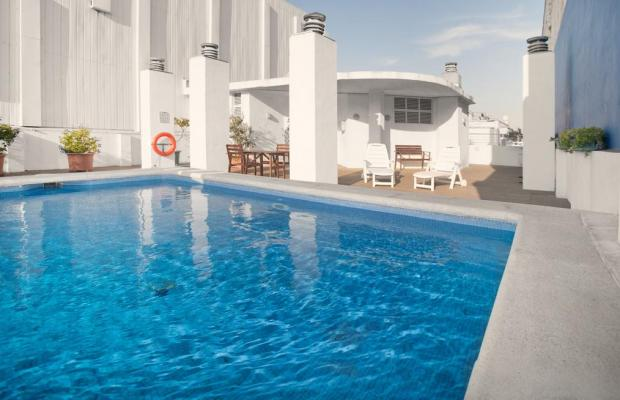 фото отеля Onix Fira изображение №1