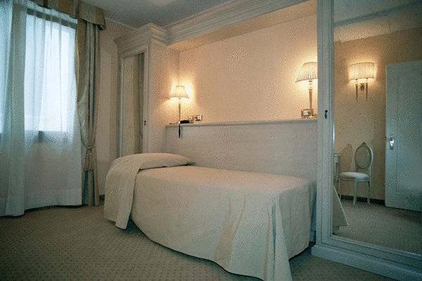 фотографии отеля Acca Hotel изображение №19