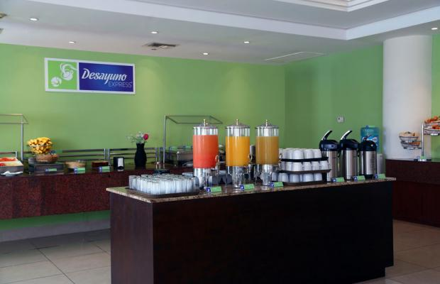 фото отеля Holiday Inn Express Playa del Carmen изображение №5