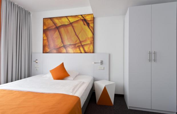 фотографии отеля Wyndham Garden Duesseldorf City Centre Koenigsallee (ex. Grand City Hotel Dusseldorf Koenigsallee; Four Points by Sheraton) изображение №27