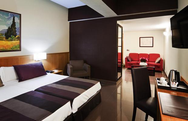 фотографии отеля Catalonia Giralda изображение №11
