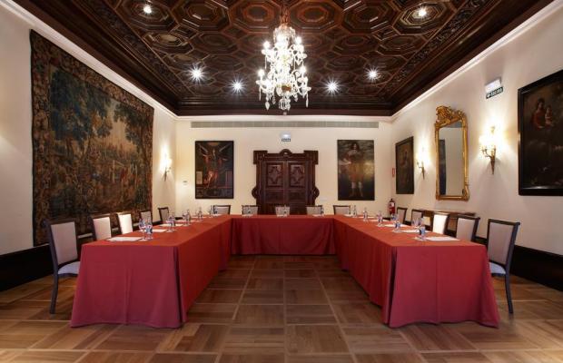 фотографии отеля Palacio Guendulain изображение №19