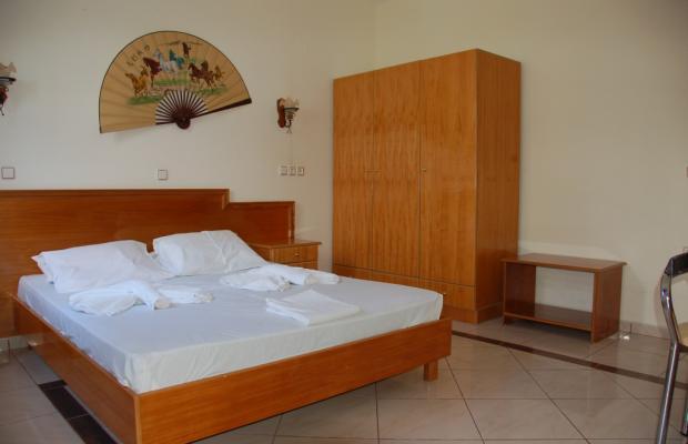 фотографии отеля Livadia Beach Apartments & Studios изображение №15