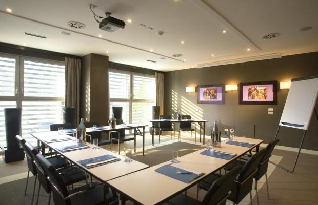 фотографии отеля NH Mantegna изображение №7