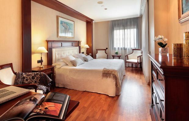 фото отеля Hispanos 7 Suiza изображение №21