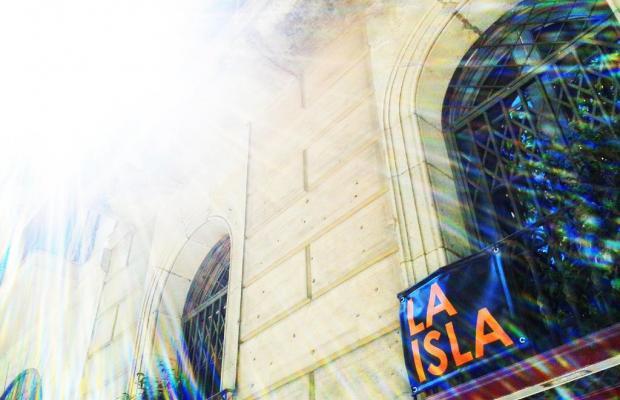 фото отеля La Isla Hostal изображение №1