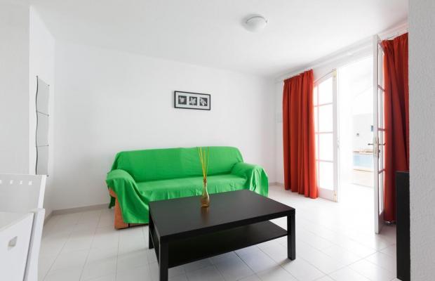 фотографии отеля Apartamentos Corona Mar изображение №11