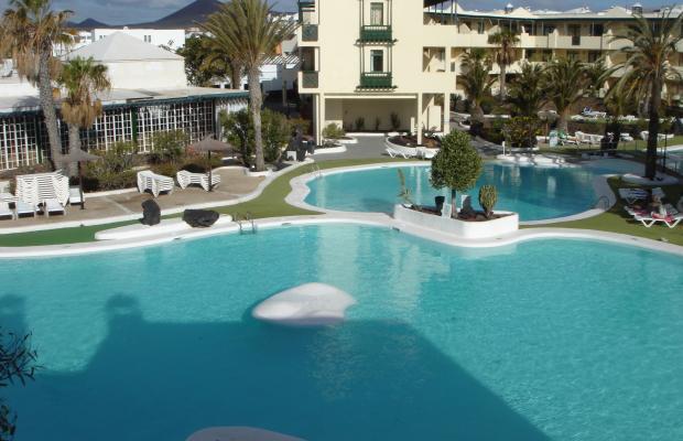 фото отеля Apartamentos El Trebol изображение №1