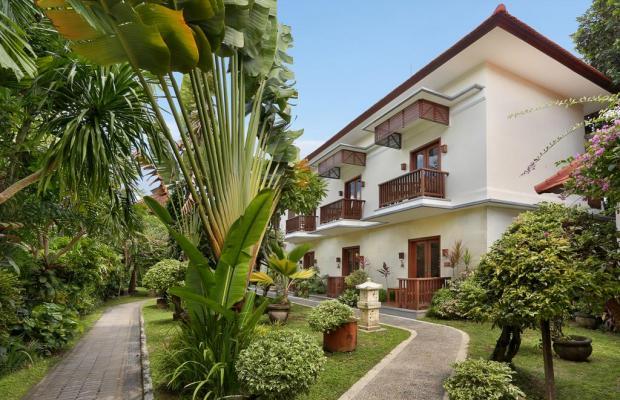 фотографии отеля Respati Beach Hotel изображение №15