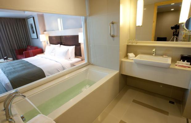 фотографии отеля Sukhumvit 12 Bangkok Hotel & Suites(ex.Ramada Hotel & Suites) изображение №15