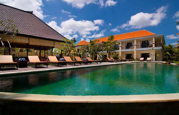 фото отеля Agung Raka Resort and Villa изображение №1