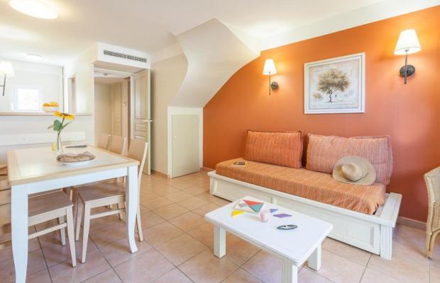 фотографии отеля Résidence Pierre & Vacances Le Hameau de la Pinede изображение №3