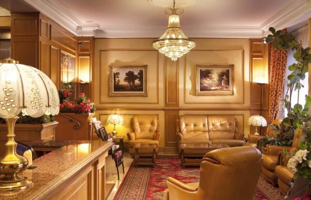 фото отеля Paix Republique Paris изображение №25