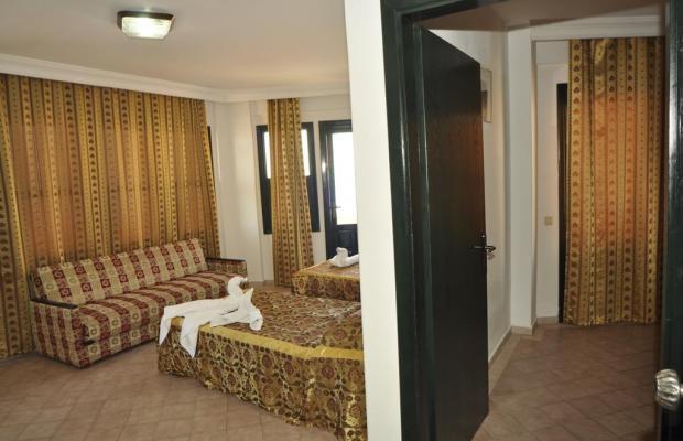 фото отеля Gold Twins Suit изображение №17