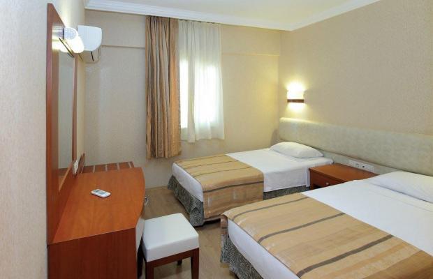 фотографии Julian Club Hotel изображение №8