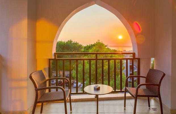 фото отеля Ramada Resort Akbuk изображение №17