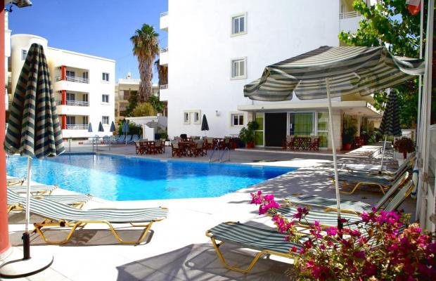 фото отеля Anastasia изображение №1