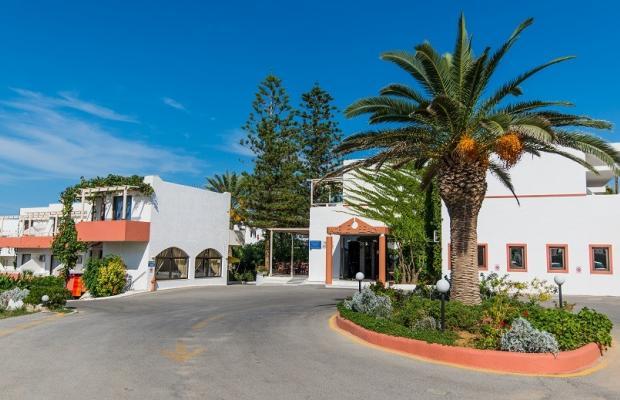фото отеля Adele Beach изображение №5