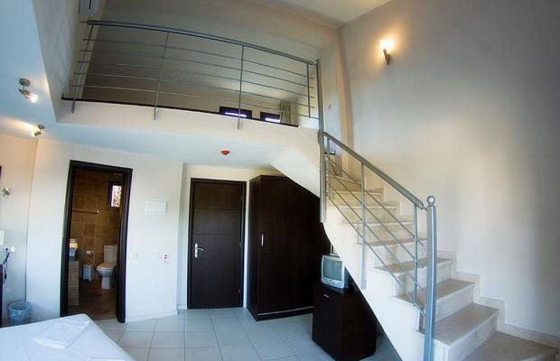 фотографии отеля Aithrion Hotel изображение №15