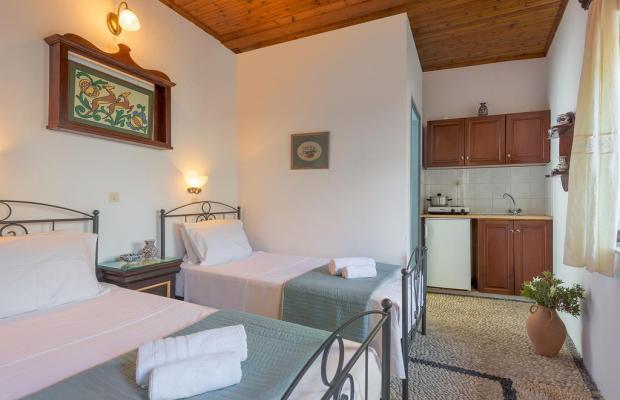 фото отеля Erato Apartments изображение №17