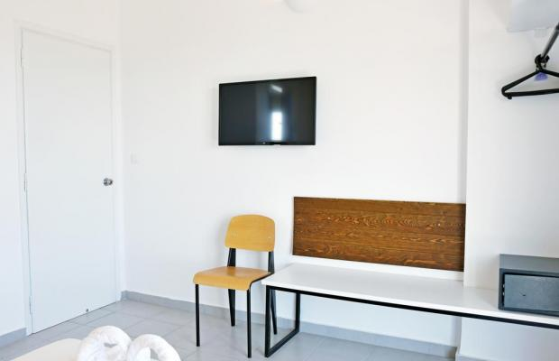 фото Hillside Studios & Apartments изображение №14