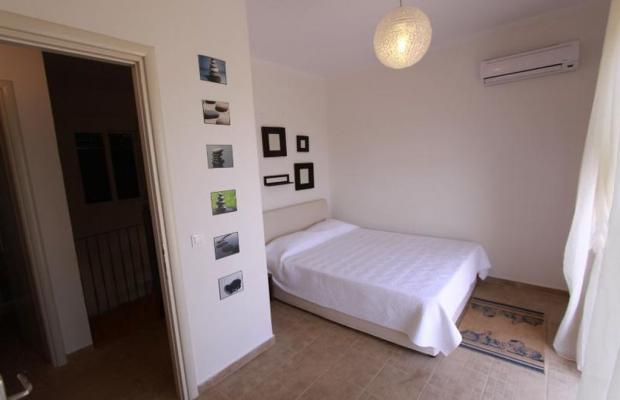 фотографии отеля Beachfront Barbati Villa 2 изображение №15