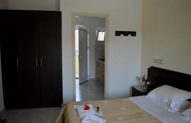 фотографии отеля Konstantina Apartments изображение №7