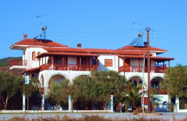 фото отеля Mantzanas Apartments & Suites изображение №1