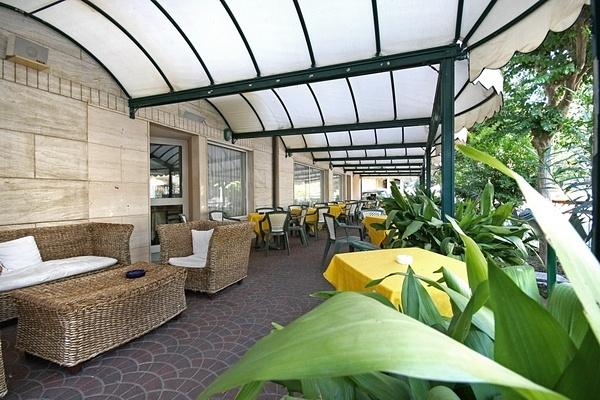 фото отеля Hotel Aron (ех. California) изображение №17