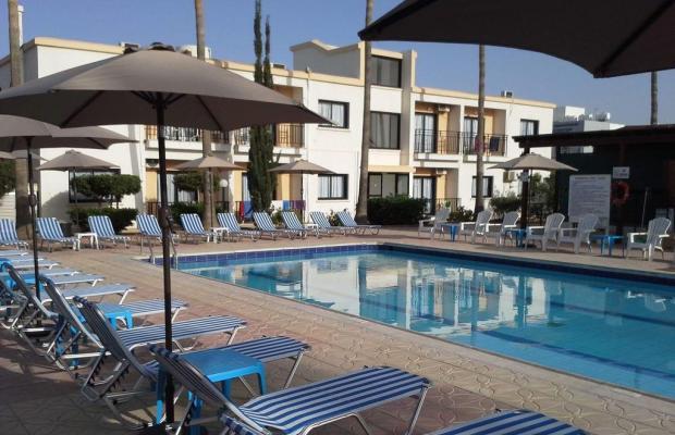 фото отеля Carina изображение №1