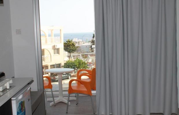 фотографии A. Maos Hotel Apartments изображение №4