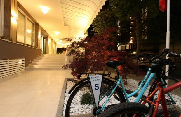 фотографии отеля Hotel Derby изображение №3