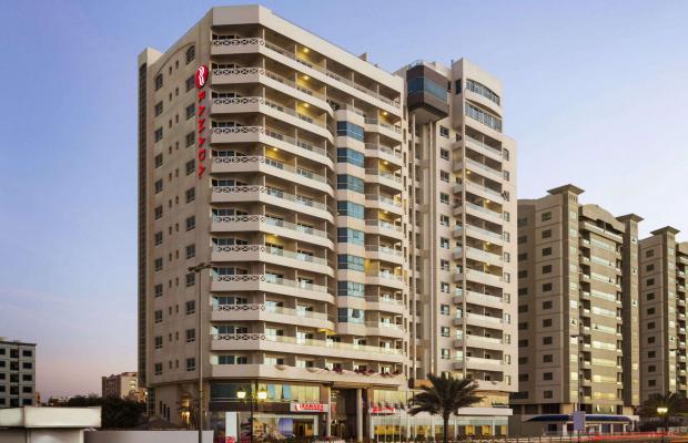 фото отеля Ramada Beach Hotel (ex. Landmark Suites Ajman; Coral Suites) изображение №1