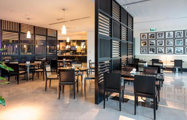 фото отеля Holiday Inn Express Dubai Airport изображение №13
