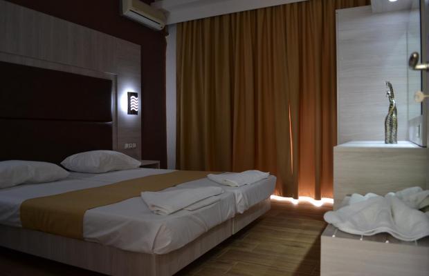 фотографии отеля Karavos Apartments изображение №15
